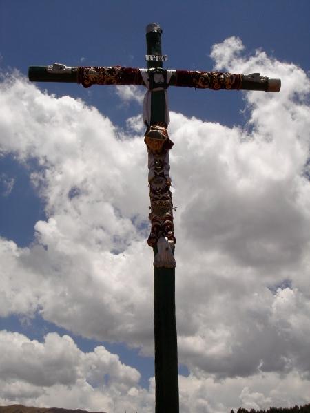 cruz cuzqueña