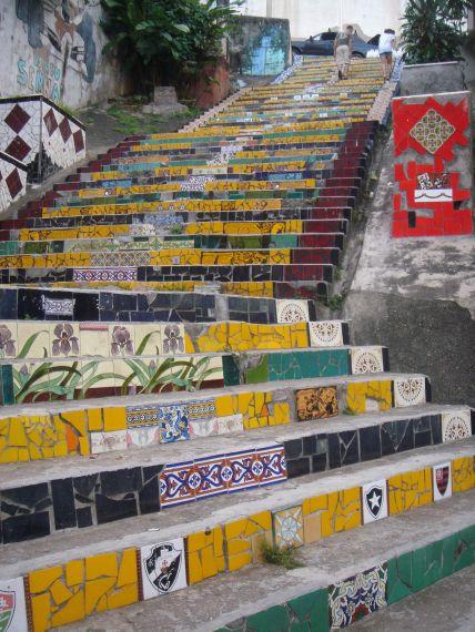escaleras brasileiras arte de SELARON, chilean artist in Brazil